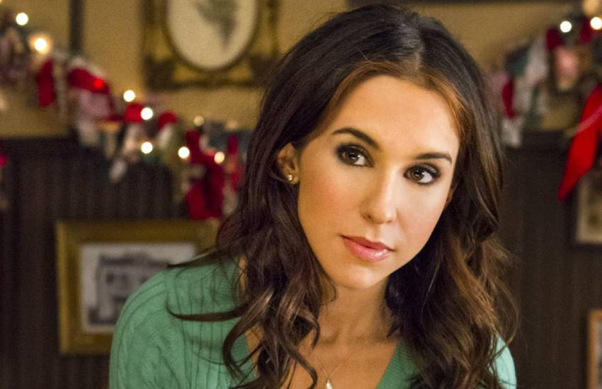Lacey Chabert Biography, Net Worth and Salary, Age, Family ...