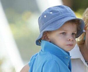 Caption: Celebrity kid Felix Handelman
