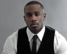 Derrick Jaxn