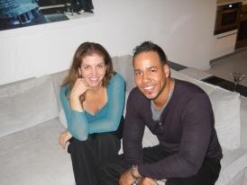 Caption: Romeo Santos with Samantha Medina