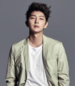 Caption: Model, Lee Joon Gi