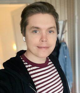 Caption: Roomie with a fresh haircut