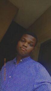 Caption: Itz Emmanuel selfie